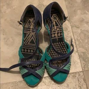 """Jessica's Simpson 4"""" platform heels"""